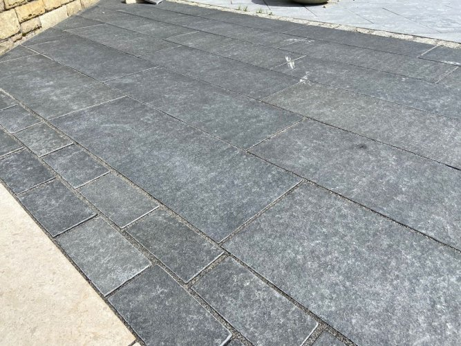 Black Basalt Paving; 800 x 300 x 30mm; Flamed Surface