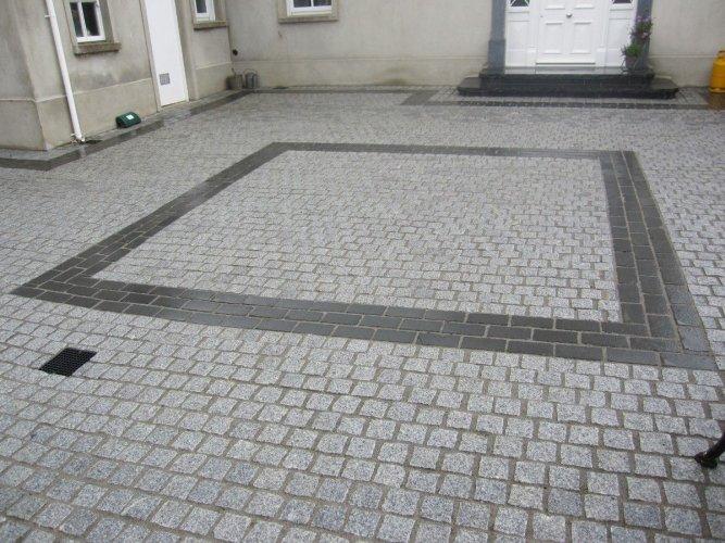 Black Limestone Setts 200 x 100