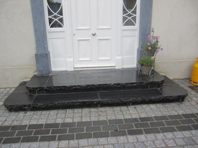 Black Limestone Steps - Bespoke (Wet)
