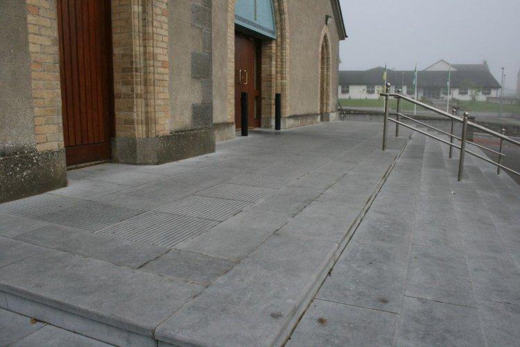 Blue Limestone Steps - Bespoke, Flamed Finish
