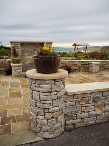 Donegal Quartzite Wall Capping - Rock Faced Edges