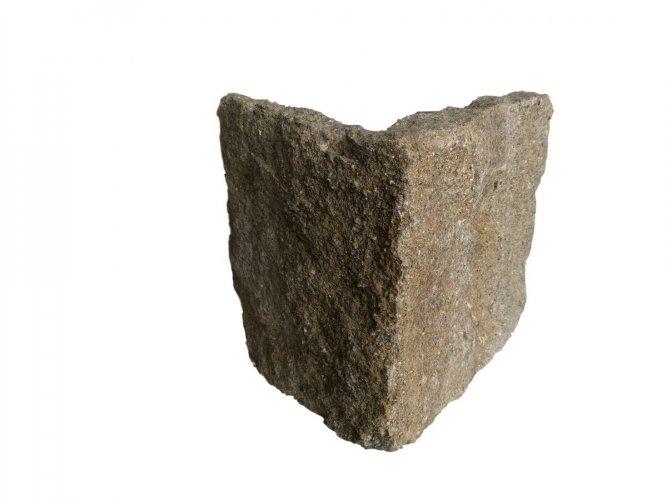 Grit Sandstone Stoneer - Corner