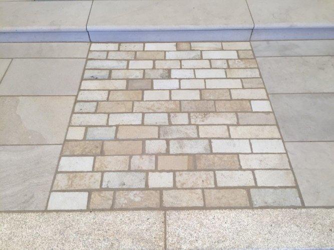 Mountcharles Sandstone Setts Random Length X 100