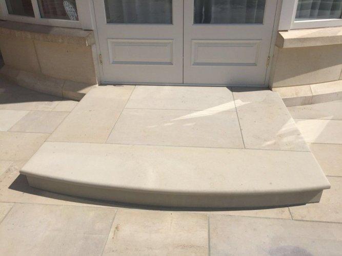 Sandstone Step - Bullnose Edge