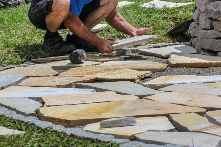Laying Donegal Quartzite Crazy Paving