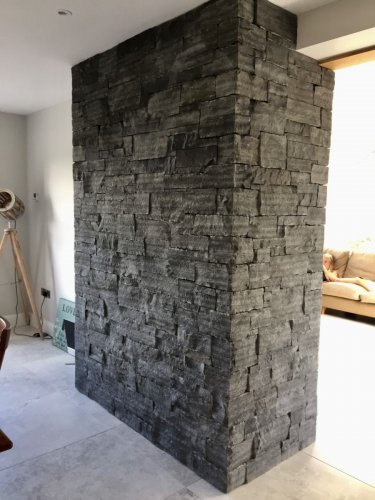 Liscannor Slate feature wall built using cladding stoneer