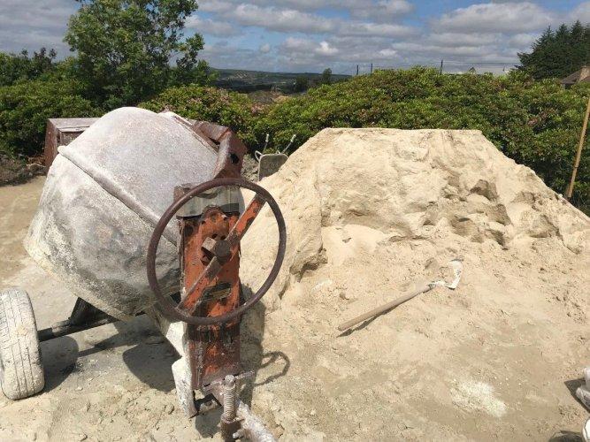 McMonagle Stone's Fine Sand used as bulk for plastering.