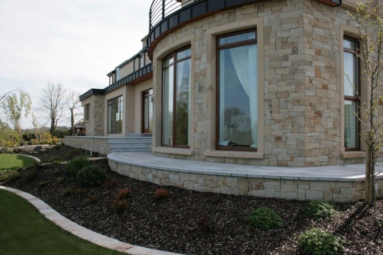 House completed using Mountcharles Sandstone Stoneer cladding