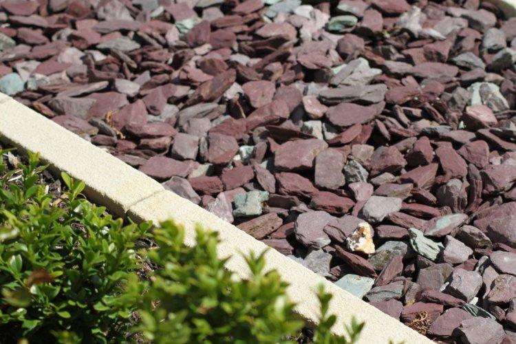 Plum Slate Mulch Chipping
