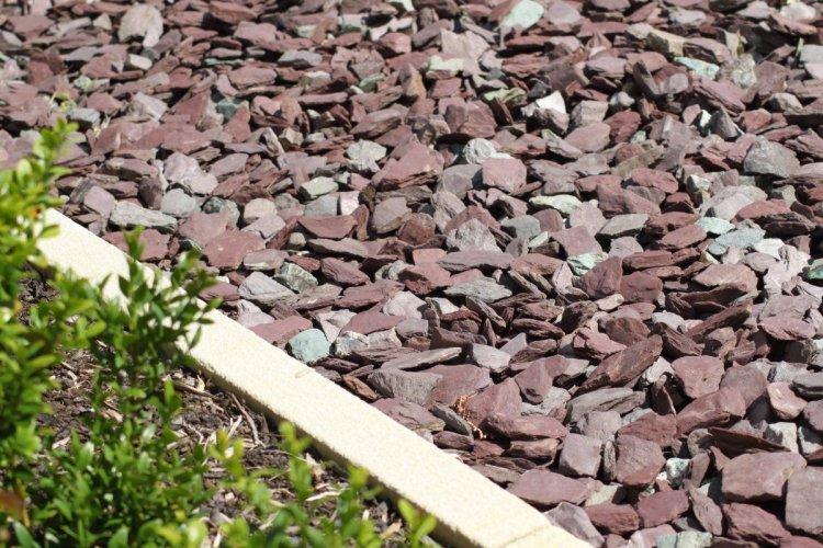 Plum Slate Mulch (Dry)