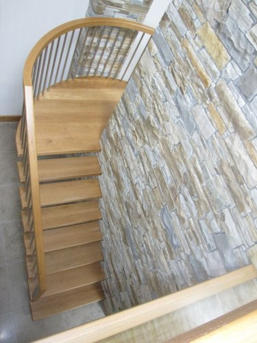 Staircase feature wall - Silver & Gold Donegal Quartzite Machine Block