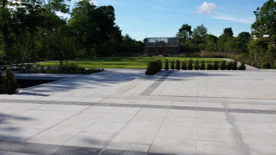 Silver Granite Paving 600 x 600