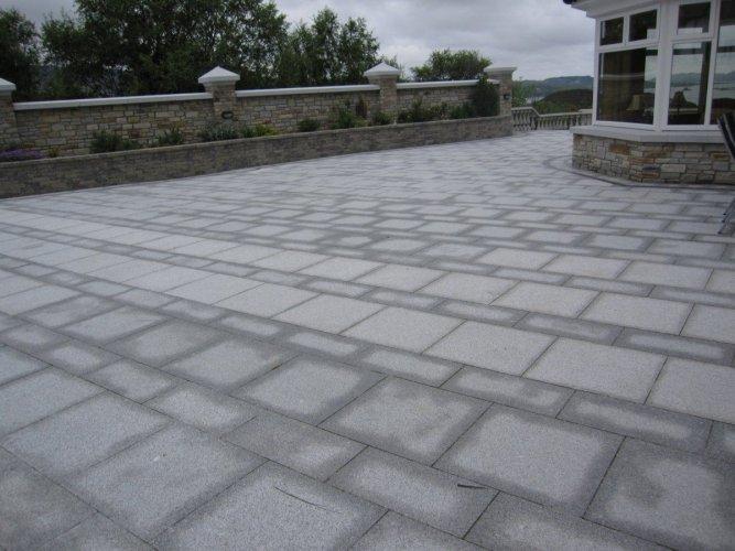 Silver Granite Single Sizes - 600 x 600 & 600 x 300
