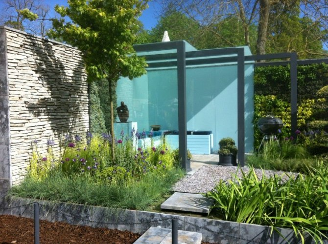 Silver Donegal Quartzite Garden Walling