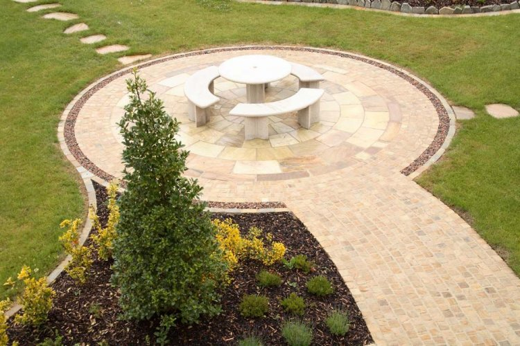 Tinted Mint Sandstone Circle - 5m Diameter