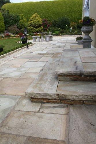 Tinted Mint Sandstone Paving