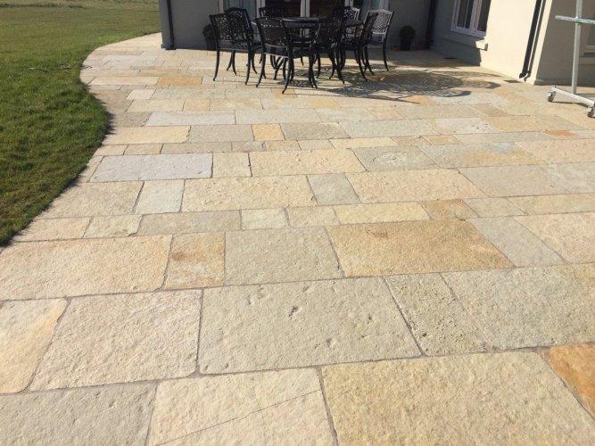 Yellow Limestone Paving - Patio Pack (Dry)