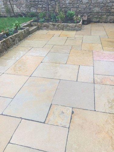 Yellow Limestone Paving - Patio Pack (Wet)