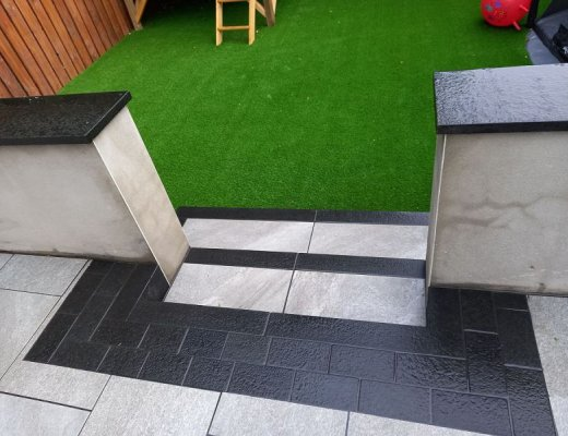 Black Basalt Cobbles 200 x 100