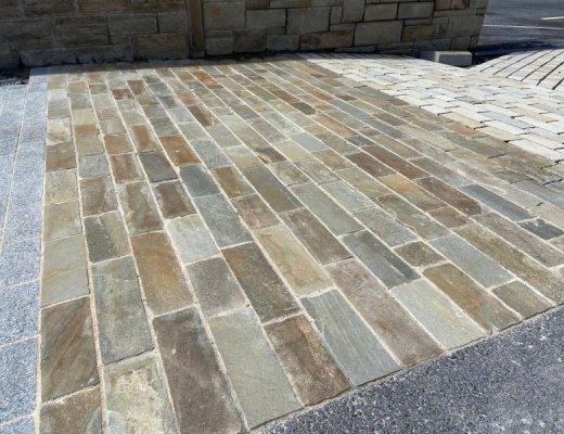 Donegal Quartzite Cobbles FL x 100
