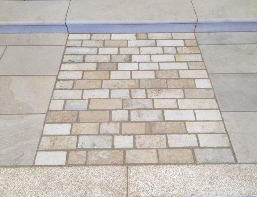 Mountcharles Sandstone Setts RL x 100