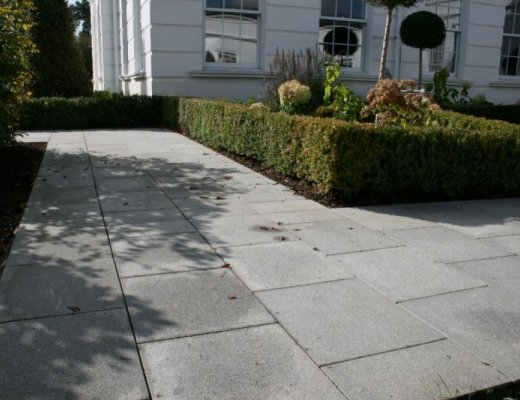 Silver Granite Paving - Singles Sizes
