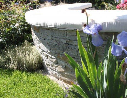 Silver Donegal Quartzite - Garden Walling