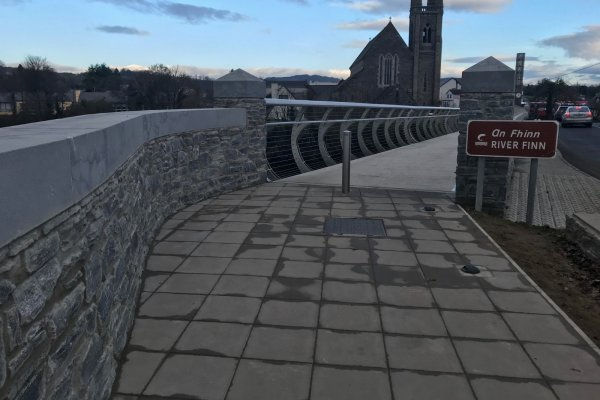 Twin Towns Welcome New €800k Footbridge